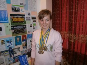 Бубон Анна –  золотий призер обласних змагань з шахів  серед юнаків та дівчат 1996-1997 р.н.